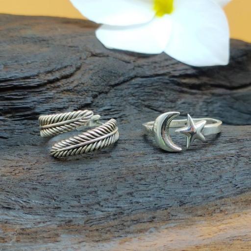 925 Sterling Silver Handmade Dainty Leaf Design Adjustable Ring