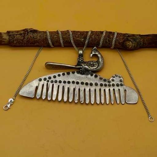Vintage Bohemian Artisan Silver Tribal Peacock On Comb Design Pendant