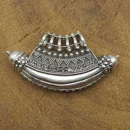 Tribal Vintage Pipe Design 925 Sterling Silver Pendant For Her