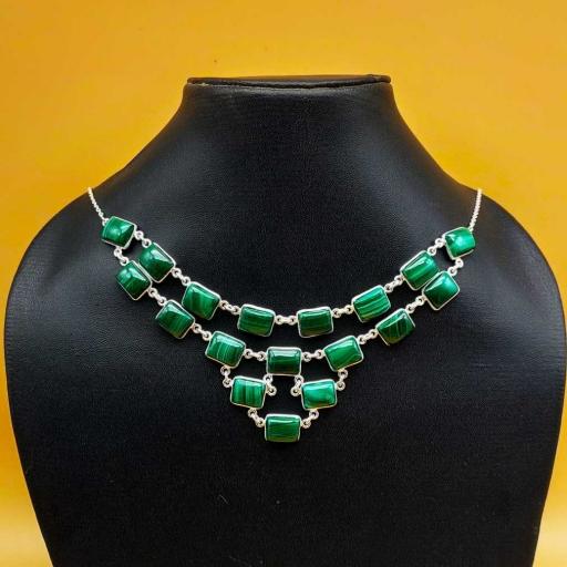Beautiful Handmader Authentic Malachite Gemstone Designer Bezel Necklace With Chain