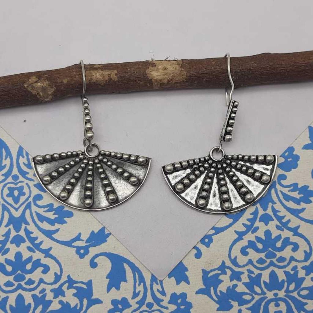 Oxidized Winding Fan Designer 925 Sterling Silver Gypsy Earring
