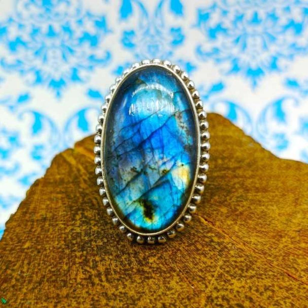 Oval Shape Labradorite Gemstone  925 Stelring Silver Bohemian Rava Work Ring