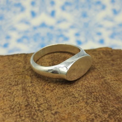 925 Sterling Silver Handmade Fine Polish Oval Shape Signet Ring