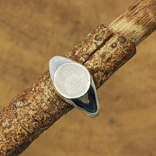 925 Sterling Silver Round Signet Rings For Men And Women