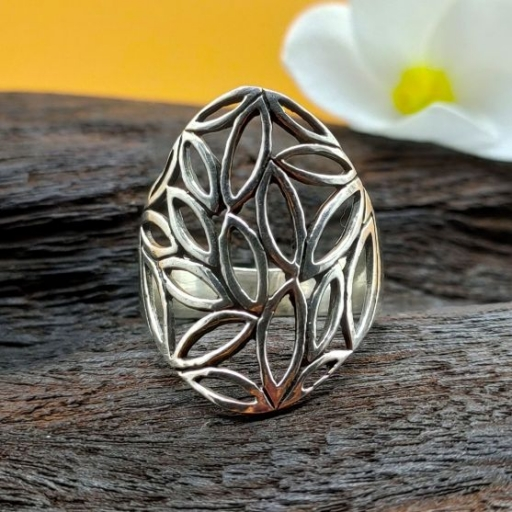 925 Sterling Silver Jali Design Silver Band Ring For Occasion
