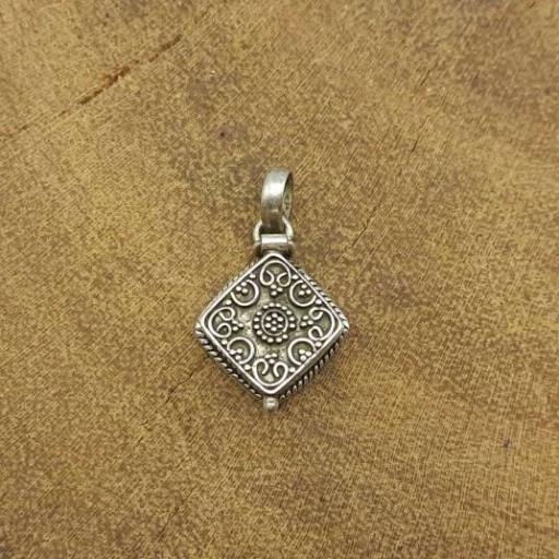 925 Sterling Silver Square Shape Poison Designer Box Silver Pendant