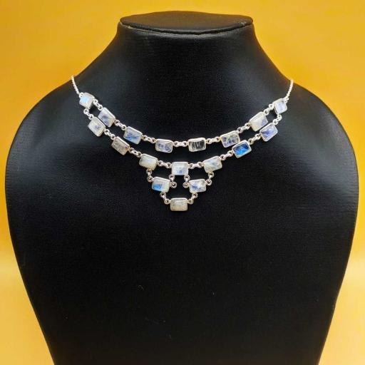 Beautiful Handmade Authentic Rainbow Moonstone Gemstone Designer Bezel Necklace With Chain