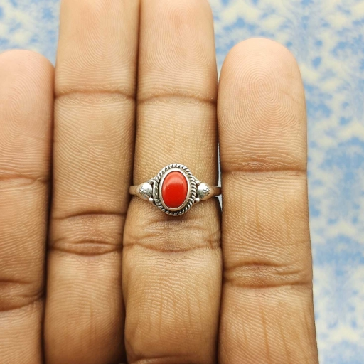 925 Sterling Silver Designer Coral Red Gemstone Oval Shape Ring For Women's.