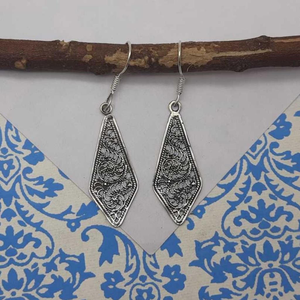 925 Sterling Silver Diamond Shape Jali Work Design Gift Item Earring