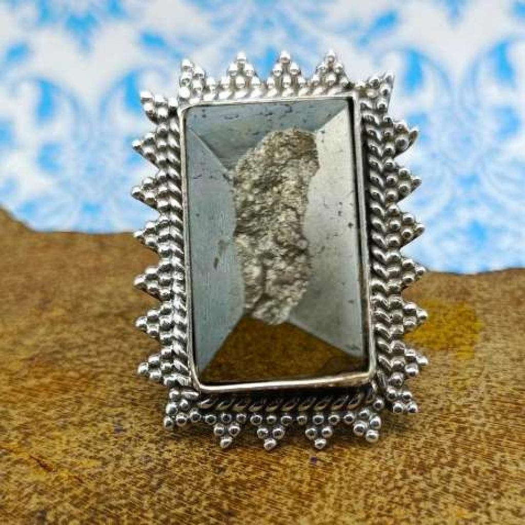 Rectangle Shape Pyrite Gemstone 925 Sterling Silver Bohemian Nepali Work Ring