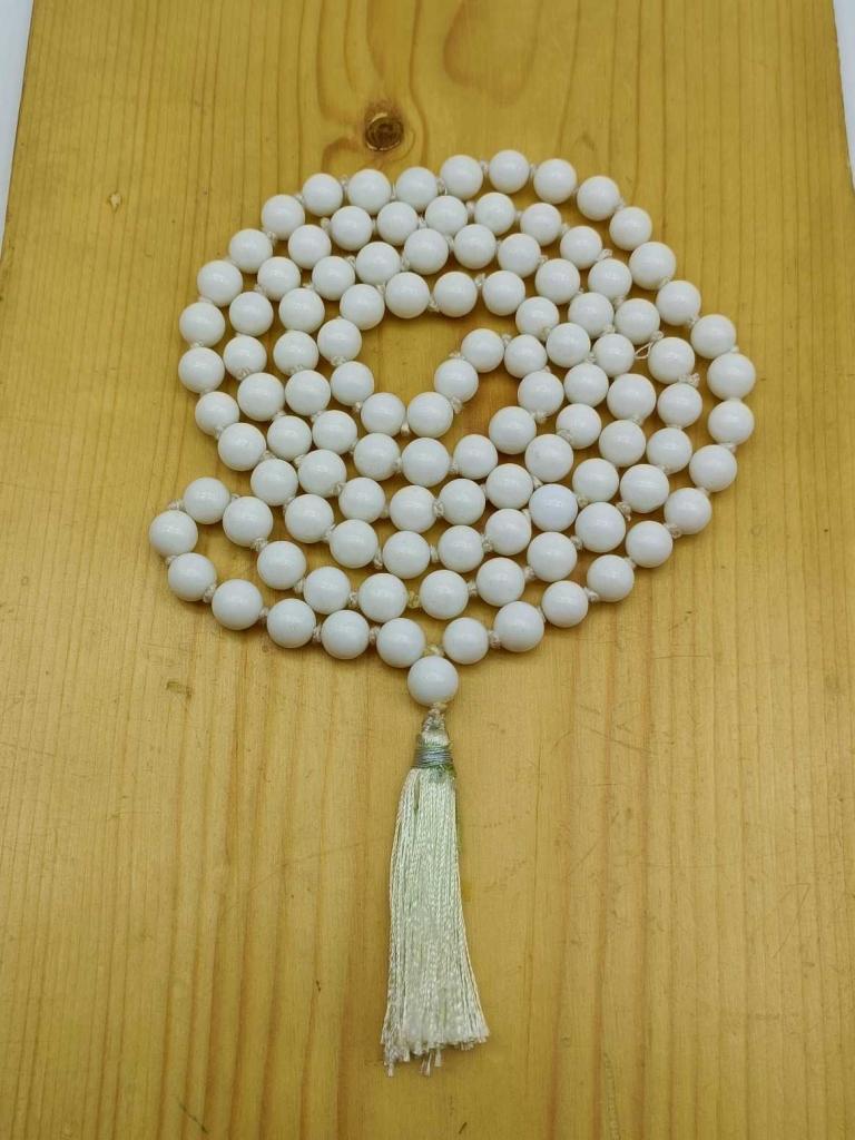Natural Howlite Gemstone Handknotted 108 Beads Healing  Japa Mala